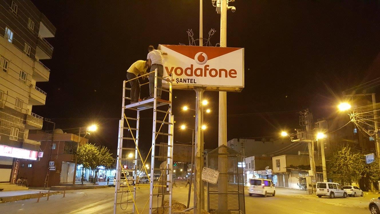 Vodafone Totem Tabela
